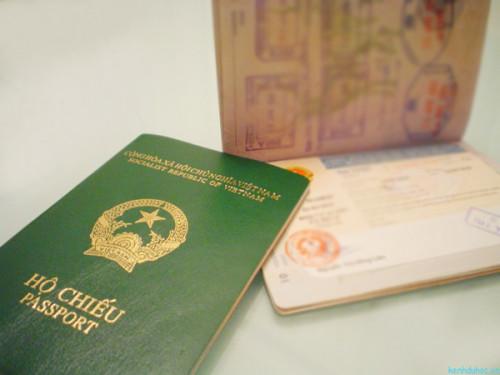 Cần làm gì khi mất hộ chiếu ở nước ngoài